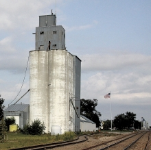 Benson's last elevator sitting along side the Burlington Northern Santa Fe railroad tracks